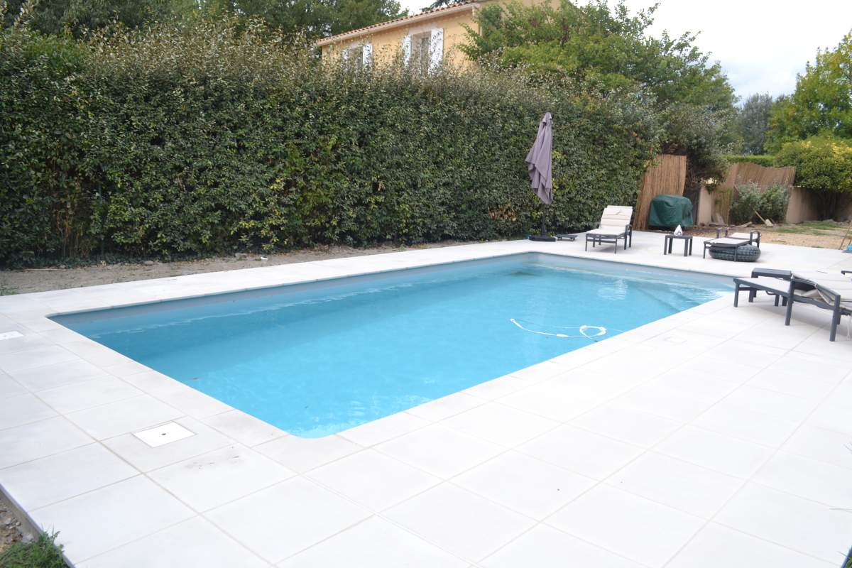 Construction de piscine 8m x 4m sur l 39 isle sur la sorgue for Construction piscine 38