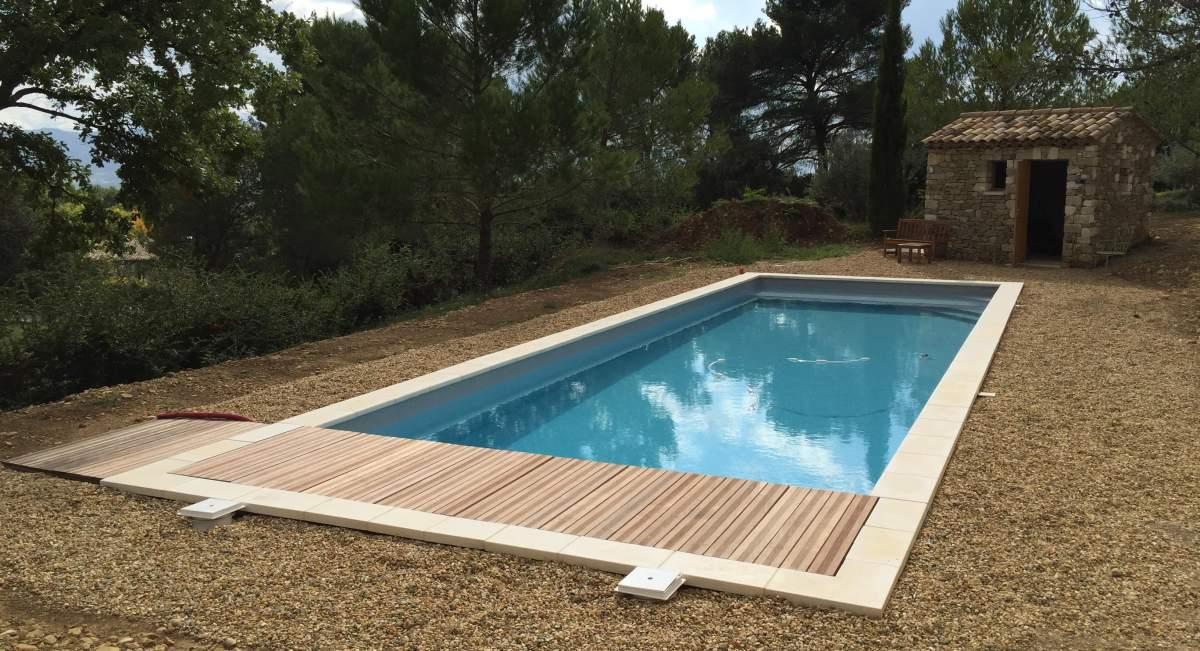 Construction d 39 une piscine sur puget en pvc arm gris for Construction piscine 17